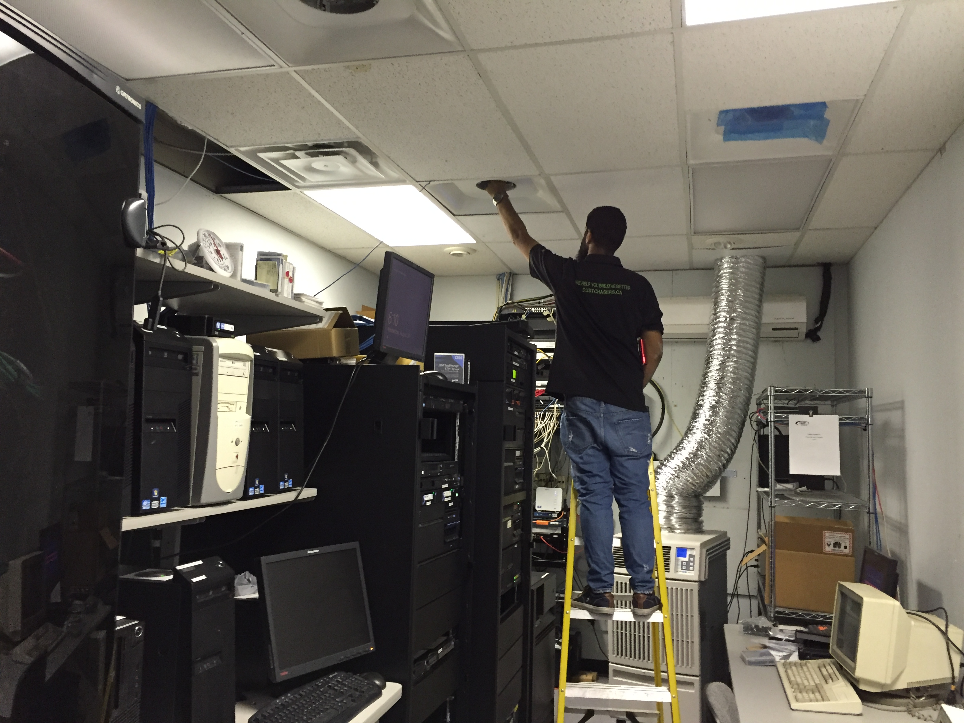 Commercial-Duct-Cleaning-Toronto